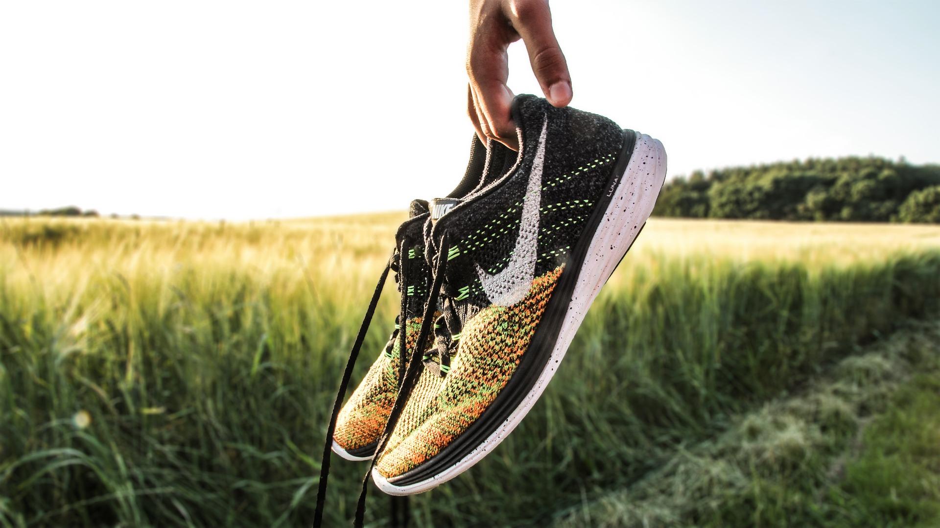 derivación desayuno Todos  5 Best Nike Walking Shoes 2020 - Your Fitness Companion