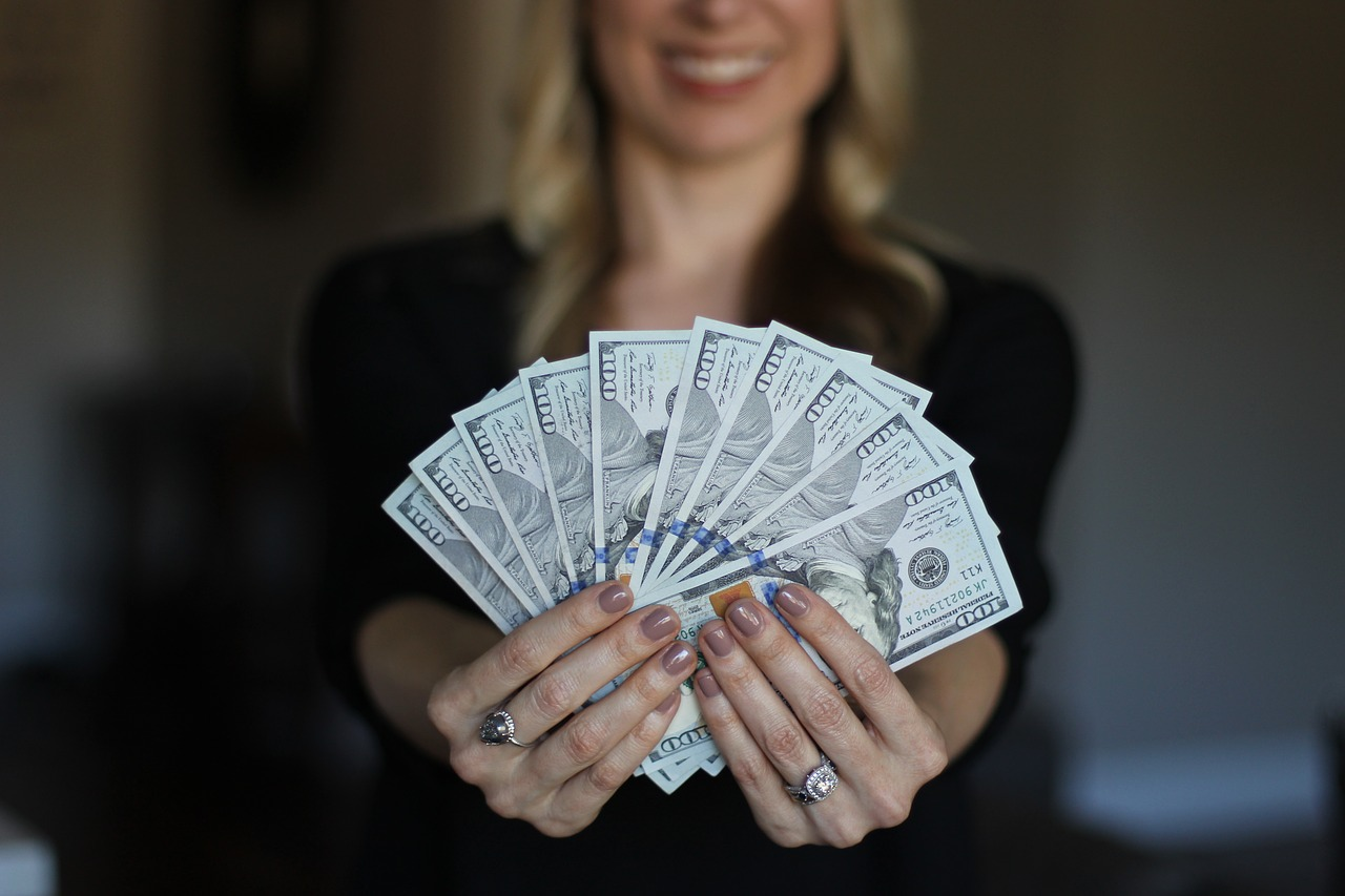 Cash, Money, Travel - Travel Tips