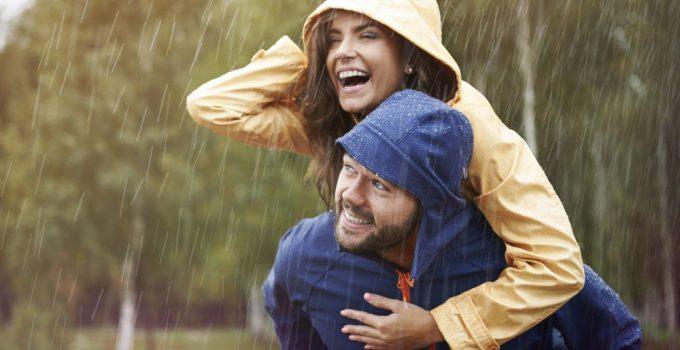 Best Lightweight Rain Jackets for Travel